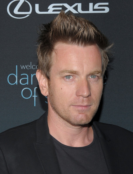 Ewan showed off his spiked haircut while hitting the 'Darker Side of Green'.