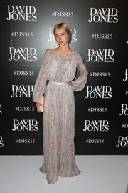 Isabel Lucas was a boho beauty in a long-sleeve gray maxi dress at the David Jones Spring 2015 fashion launch.