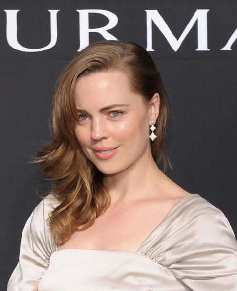 Melissa George showed off her side swept curls while hitting the David Yurman event in New York City.