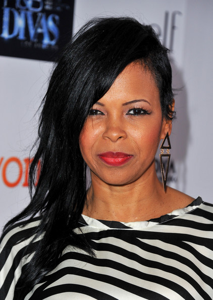 Dawn Robinson Side Sweep