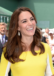 Kate Middleton complemented her 'do with a pair of pearl drop earrings by Soru Jewellery.