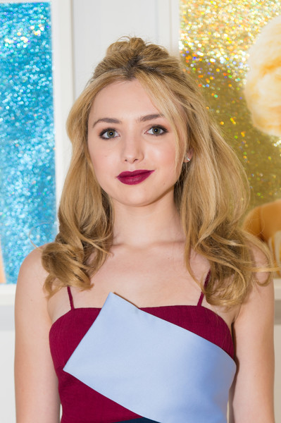 Peyton List sported a stylish half-up 'do that was messy at the top and curly at the ends during the opening of Beau Dunn's 'Plastic.'