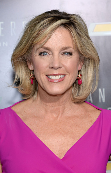 Deborah Norville Bob [transformers: age of extinction,hair,face,blond,hairstyle,eyebrow,chin,beauty,shoulder,lip,layered hair,deborah norville,nyc,ziegfeld theatre,premiere]
