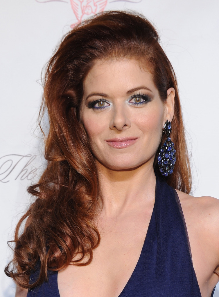 Debra Messing Long Curls Debra Messing Looks Stylebistro