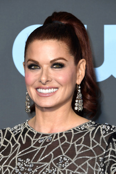 Debra Messing Ponytail [hair,face,hairstyle,eyebrow,beauty,chin,lip,forehead,brown hair,shoulder,arrivals,debra messing,critics choice awards,santa monica,california,barker hangar]