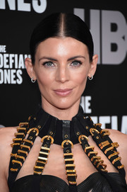 Liberty Ross sported a slicked-down, center-parted ponytail at the New York premiere of 'The Defiant Ones.'