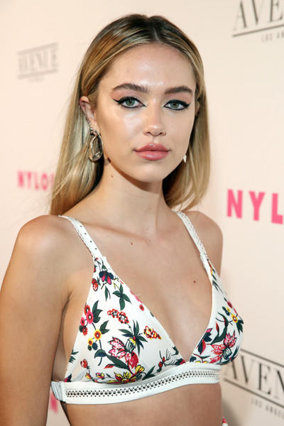 Delilah Belle Hamlin Long Straight Cut