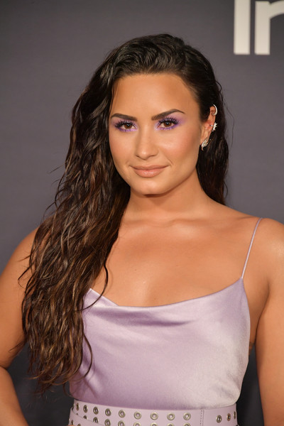 Demi Lovato Long Wavy Cut [hair,beauty,model,human hair color,fashion model,hairstyle,shoulder,girl,long hair,black hair,arrivals,demi lovato,the getty center,los angeles,california,3rd annual instyle awards]