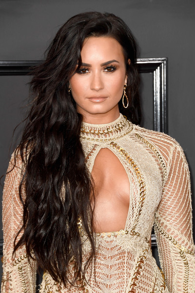 Demi Lovato Long Wavy Cut [hair,fashion model,hairstyle,clothing,lip,eyebrow,beauty,long hair,fashion,brown hair,arrivals,demi lovato,staples center,los angeles,california,grammy awards]
