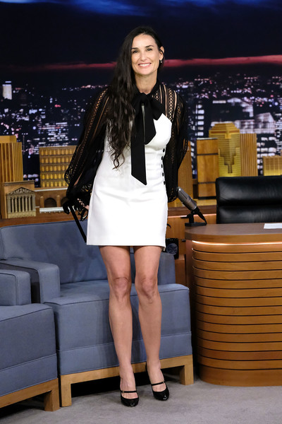 Demi Moore Cocktail Dress [demi moore,the tonight show starring jimmy fallon,leg,clothing,human leg,fashion,thigh,yellow,lady,beauty,long hair,footwear,new york city,rockefeller center]