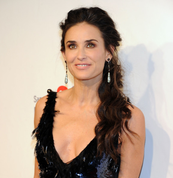 Demi Moore Loose Ponytail