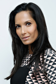 Padma Lakshmi sported a straight side-parted hairstyle at the Black and White jewelry launch.