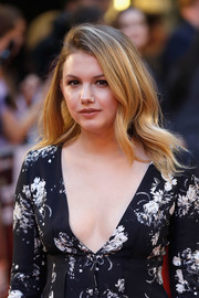 Hannah Murray sported a high-volume wavy hairstyle at the European premiere of 'Detroit.'