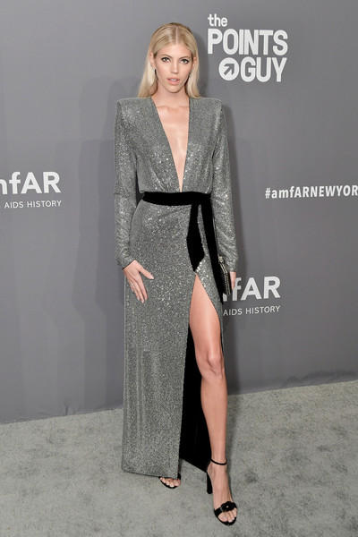 Devon Windsor Beaded Dress [amfar new york,devon windsor,clothing,fashion,fashion model,dress,leg,shoulder,carpet,neck,premiere,event,new york city,cipriani wall street,arrivals]