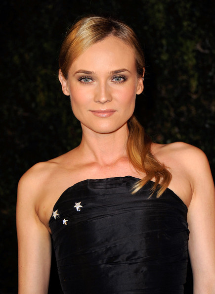 Diane Kruger Neutral Eyeshadow [hair,hairstyle,clothing,beauty,blond,cocktail dress,shoulder,eyebrow,dress,lip,diane kruger,madeo restaurant,los angeles,california,chanel,charles finch pre-oscar,dinner]