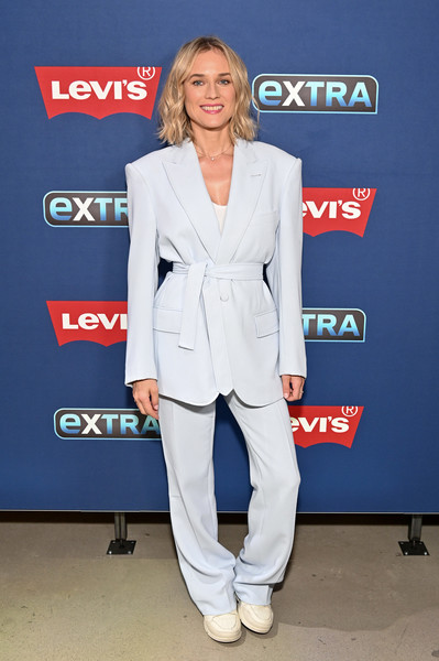 More Pics of Diane Kruger Diamond Pendant (1 of 24) - Diane Kruger Lookbook - StyleBistro [diane kruger,extra,suit,clothing,pantsuit,formal wear,blazer,outerwear,fashion,footwear,carpet,electric blue,the levis store times square,new york city]