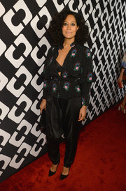 Tracee Ellis Ross managed to look stylish in a pair of black harem pants.