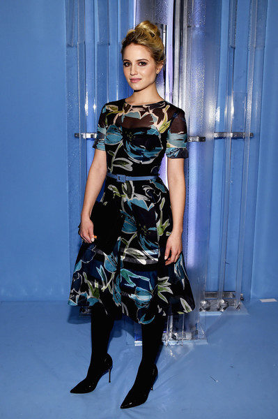 Dianna Agron Print Dress [fashion model,catwalk,fashion,runway,fashion show,dress,haute couture,fashion design,electric blue,model,carolina herrera,dianna agron,front row,lincoln center,new york city,the theatre,mercedes-benz fashion week,fashion show]