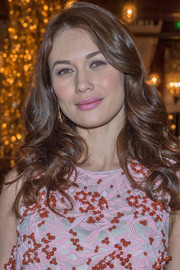 Olga Kurylenko wore her hair in a lovely cascade of curls while attending the Dior dinner at the Marrakech International Film Festival.