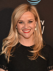 Reese Witherspoon looked fabulous with her feathery waves at the DirecTV Now launch.