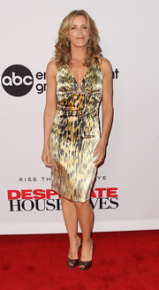Felicity Huffman unleashed her wild side with this leopard print dress.
