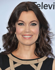 Bellamy Young's dark brown hair instantly looked ready for the red carpet with these piecey waves.