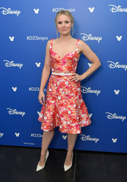 Kristen Bell looked fetching in an embroidered crop-top by Michael Kors during Disney's D23 Expo 2017.