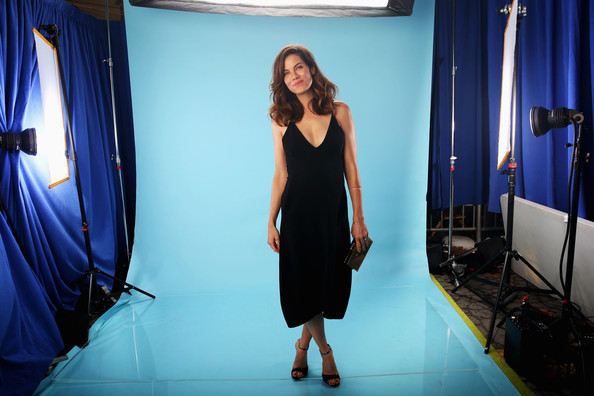 More Pics of Michelle Monaghan Box Clutch (1 of 6) - Michelle Monaghan Lookbook - StyleBistro