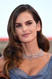 Izabel Goulart amped up the sparkle with this Chopard diamond necklace teamed with a micro-beaded dress at the Venice Film Festival opening ceremony.