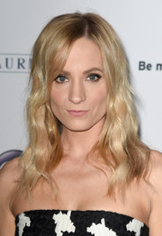 Joanne Froggatt sported boho waves at the 'Downton Abbey' cast photocall.