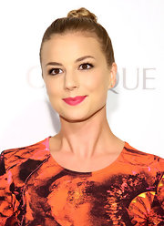 Emily VanCamp twisted up her blonde locks into a high top knot for a sleek and easy 'do.