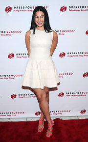Jordin Sparks chose a fit-and-flare sleeveless dress for her fun and flirty red carpet look at the 'Dress for Success' event in NYC.