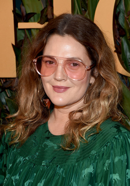 Drew Barrymore Long Wavy Cut [hair,eyewear,glasses,face,hairstyle,lady,brown hair,long hair,vision care,smile,drew barrymore,fan,wwd honors,celebrity,fansite,hairstyle,eyewear,glasses,face,intercontinental new york,drew barrymore,celebrity,livingly media,fan,fansite,red carpet,socialite,lookbook,fashion,jenna dewan]