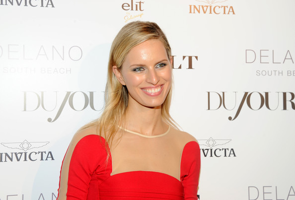More Pics of Karolina Kurkova Box Clutch (1 of 5) - Karolina Kurkova Lookbook - StyleBistro