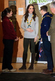 Kate Middleton joined a Cub Scout Pack meeting wearing a gray Iris & Ink cashmere turtleneck and skinny pants.