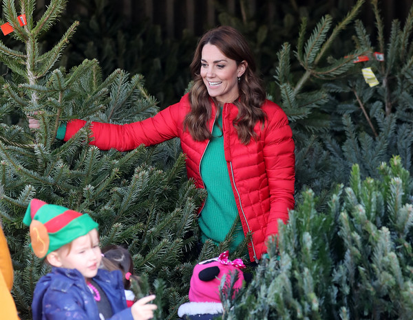 More Pics of Kate Middleton Skinny Jeans (2 of 122) - Jeans Lookbook - StyleBistro [duchess of cambridge joins family action to mark new patronage,tree,winter,christmas tree,christmas,botany,snow,fir,woody plant,spruce,colorado spruce,families,children,catherine,duchess,patronage,cambridge,peterley manor farm,charity,family action]