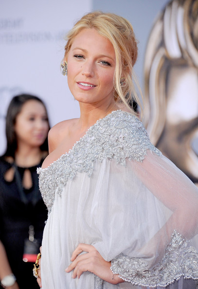 More Pics of Blake Lively Evening Dress (5 of 8) - Blake Lively Lookbook - StyleBistro