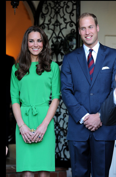 http://www3.pictures.stylebistro.com/gi/Duke+Duchess+Cambridge+Consul+General+Reception+fReAmwOuOESl.jpg