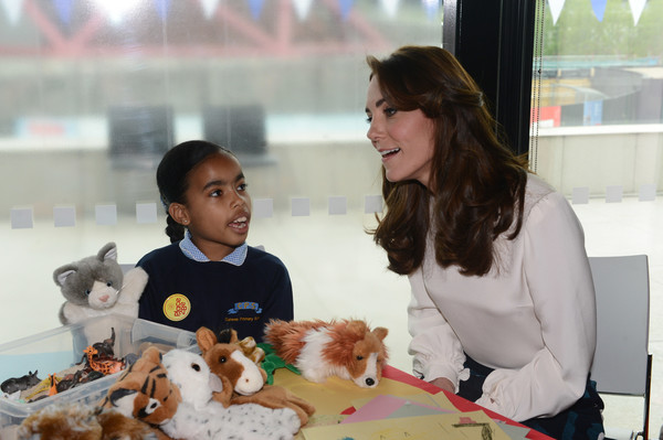 More Pics of Kate Middleton Loose Blouse (1 of 16) - Tops Lookbook - StyleBistro [the launch of heads together campaign,child,adaptation,companion dog,toy,sharing,play,harry,duke,duchess of cambridge,catherine,eliana bayan,duchess,mental health,cambridge,launch]