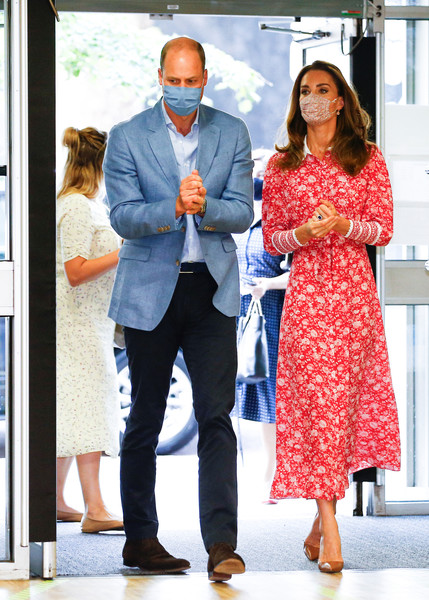 Kate Middleton looked sweet and ladylike in a red floral shirtdress by Beulah London while visiting the London Bridge Jobcentre.