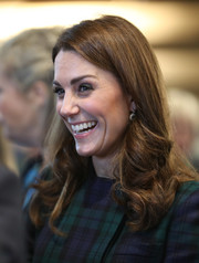 Kate Middleton looked beautiful with her bouncy curls while visiting Dundee.