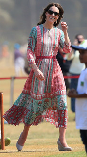 Kate Middleton cut a vibrant figure in this multicolored print dress by local designer Anita Dongre while touring Mumbai, India.