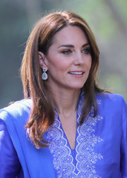 Kate Middleton looked trendy with her layered cut while visiting the Margallah Hills National Park in Pakistan.
