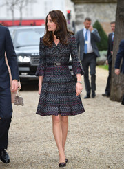 Kate Middleton looked perfectly classy in a Chanel tweed coat on day 2 of her Paris trip.