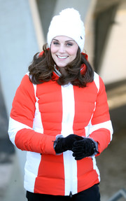 Kate Middleton geared up for freezing weather with a pair of black suede gloves with faux-fur trim while touring Norway.