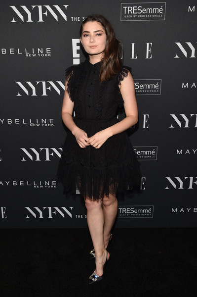 Emily Robinson kept it classic in a lacy LBD at the E!, ELLE, and IMG NYFW kickoff celebration.