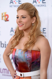 Katheryn Winnick's half up, half down 'do gave her a soft and feminine look on the red carpet.