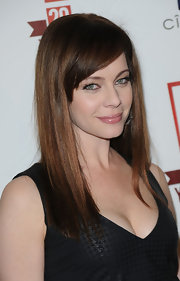 Melinda Clarke showed off her straight locks while attending the E! Celebration.