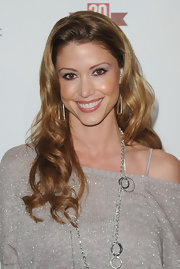 Shannon Elizabeth showed off her signature long curls while attending the E! Celebration.