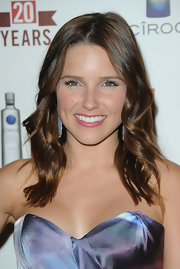 Sophia bush was all smiles as she showed off her shoulder length waves.